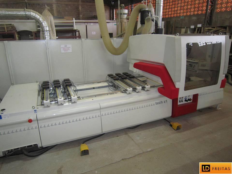 Centro de Usinagem e Furação - CNC Italiano SCM Tech Z1 - Automatico7